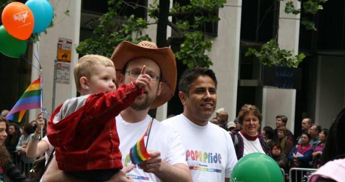 Czy geje molestują dzieci częściej niż heteroseksualiści?