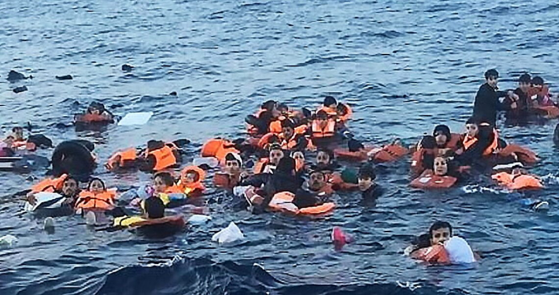 Nie, zdjęcie tonących uchodźców nie jest ustawione