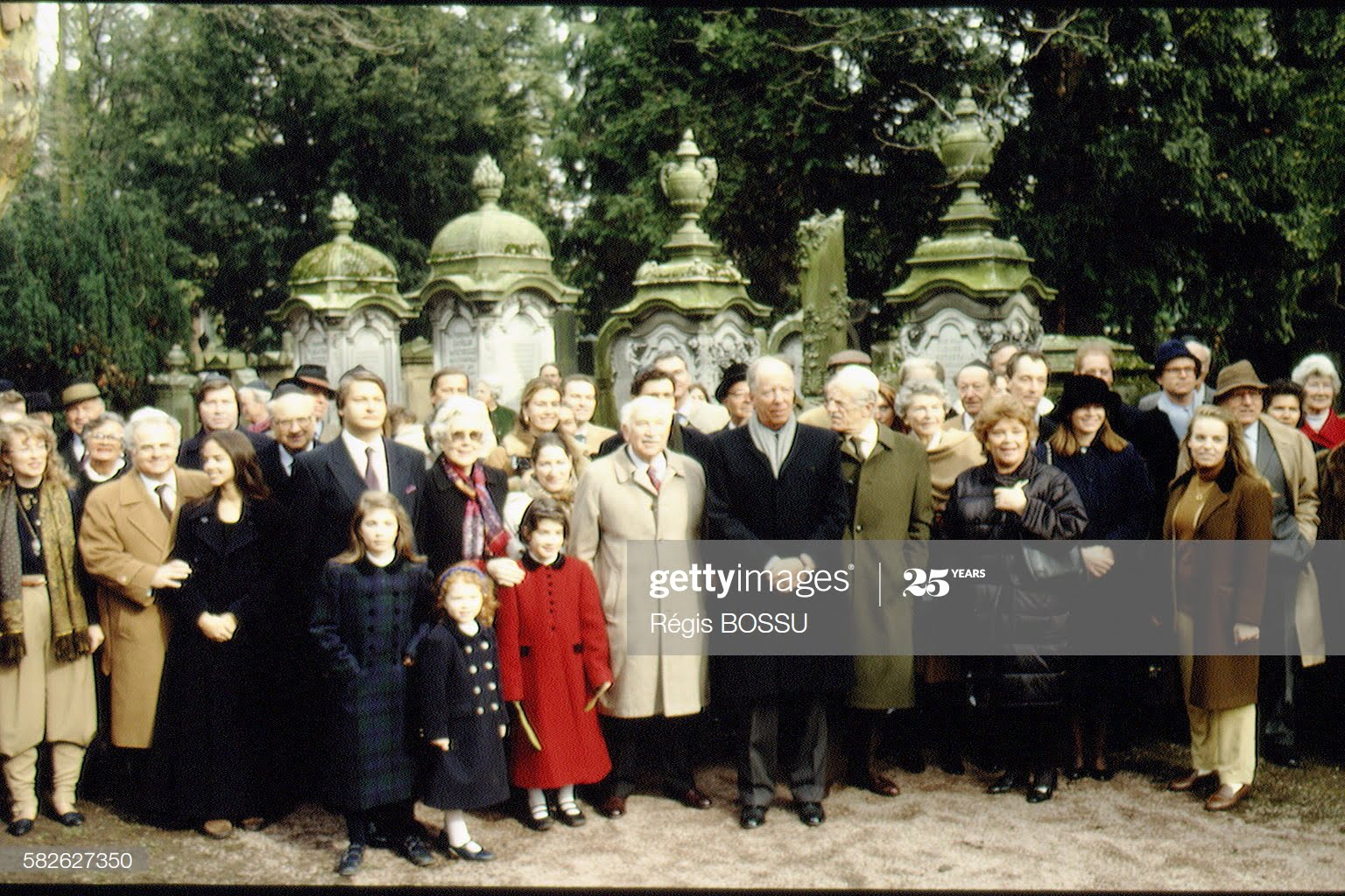 The Rothschild Family in the Frankfurt Jewish cimetery. (Photo by Régis BOSSU/Sygma via Getty Images)