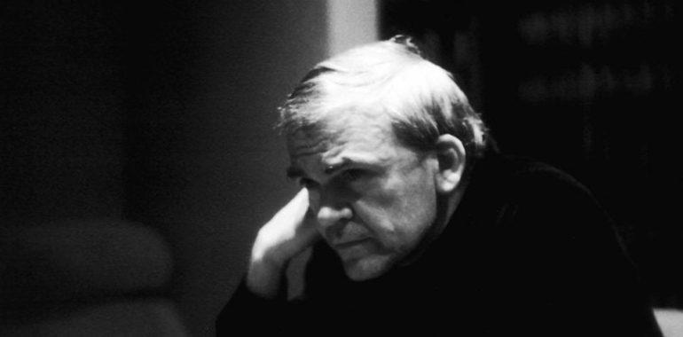 Milan Kundera żyje, informacja o jego śmierci to fake news