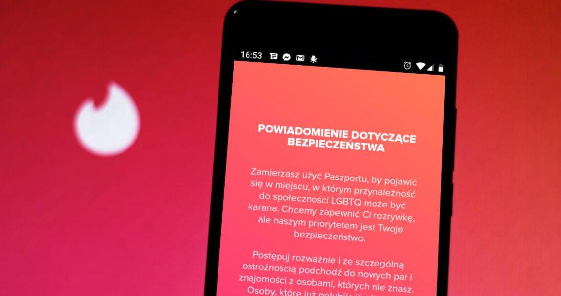 Nie, Tinder nie ostrzega użytkowników LGBT przed Polską