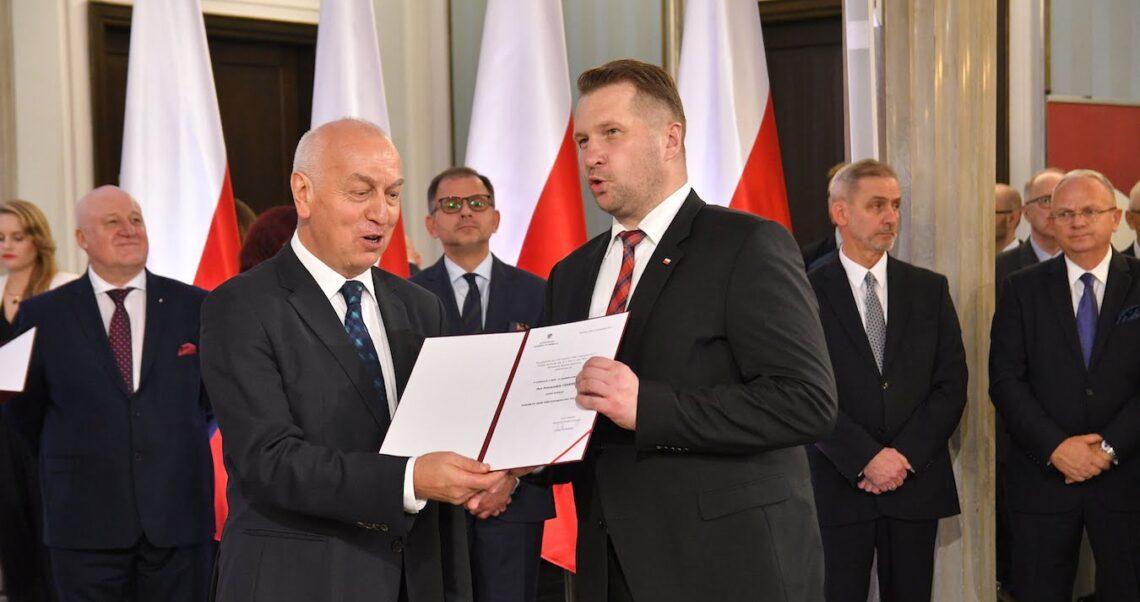 Minister Przemysław Czarnek zamierza usunąć język obcy z matury? To fake news