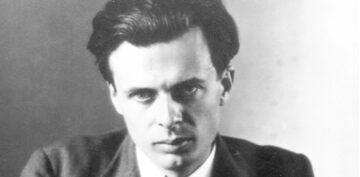 """Czy Aldous Huxley mówił o """"ostatecznej rewolucji""""? Sprawdzamy"""