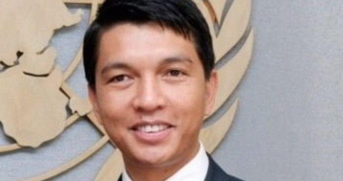 Nie, WHO nie zaoferowała prezydentowi Madagaskaru łapówki