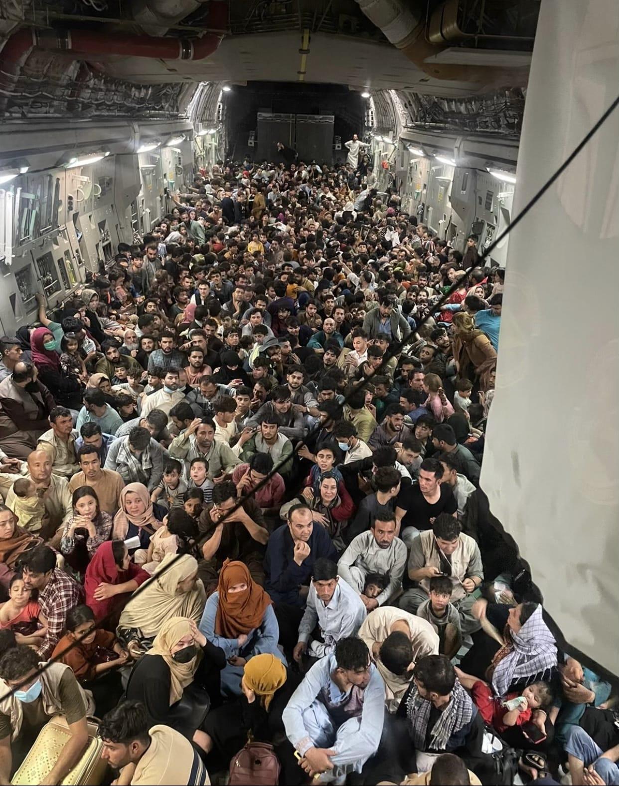 640 Afgańczyków uciekających przed talibami