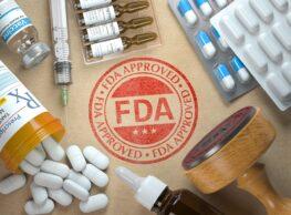 FDA nie udzieliła szczepionce Pfizera pełnej autoryzacji? Nieprawda
