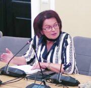 Maria Kurowska (PiS): Stare drzewa nie produkują tlenu, nie przerabiają dwutlenku węgla