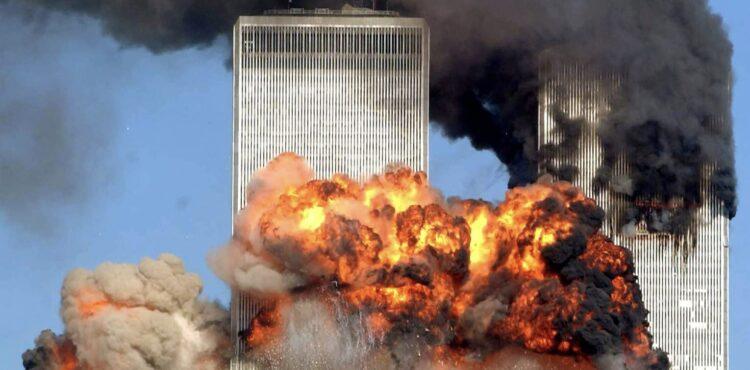"""Śmierć i pył. Teorie spiskowe dotyczące zamachów z 11 września. Część I: Poszukiwacze """"Prawdy"""""""